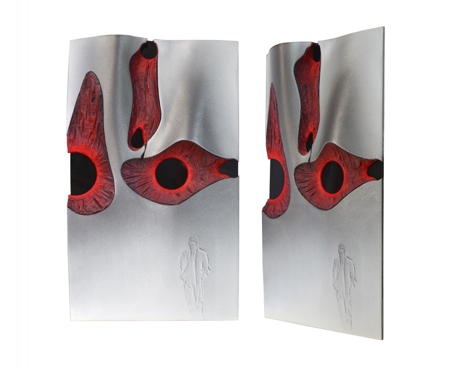Parete 2011 - modello cm 30,5x50x4,5 - vetroresina, cartone sagomato, polvere di marmo, sabbia, colori acrilici, plexiglass